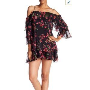 🆕️Alice+Olivia Lexis Sakura Black Floral Dress